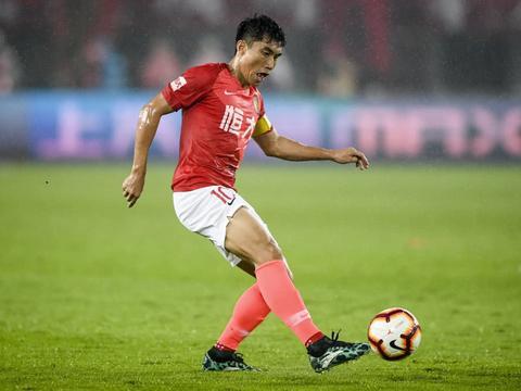 亚足联评选亚冠中超5悍将!郑智武磊上榜,黄博文一数据第一