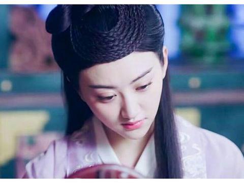 盘点电视上奇葩的辫子刘海,5位绝色妃嫔PK,当年的酒窝大美女胜
