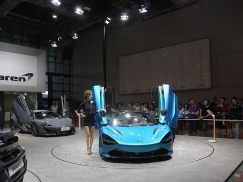 实拍迈凯伦720S超级跑车,百公里加速仅需2.9秒!