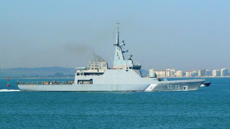 委内瑞拉新式巡逻舰被一艘欧洲邮轮撞沉,肇事船丢下落水者逃逸