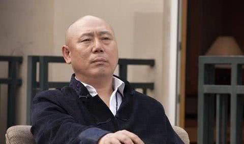 他是京城第一玩主,住故宫旁边的四合院,30年前就是亿万富翁了