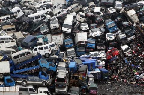 国家发布买车新政策,4月开始推行,4S店慌了:还怎么活
