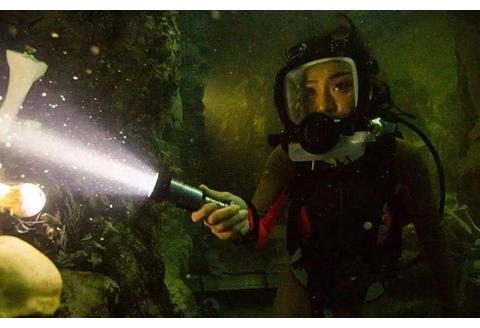 《鲨海逃生》深海+狂鲨双重考验,在这样的环境中我撑不过5分钟