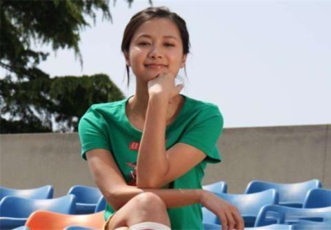 曾和徐静蕾相恋4年分手,直言要终身不娶,今却儿女双全婚姻幸福