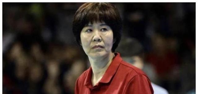 女排天才樊响,颜值比肩惠若琪,被郎平看中入恒大,却19岁退役