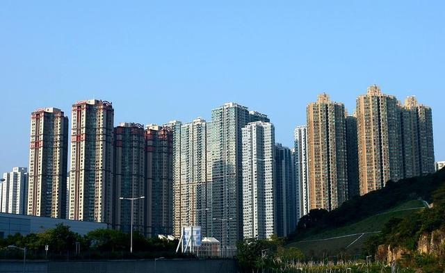 香港房子为何全都没有阳台?听完香港朋友分析才知道如此辛酸