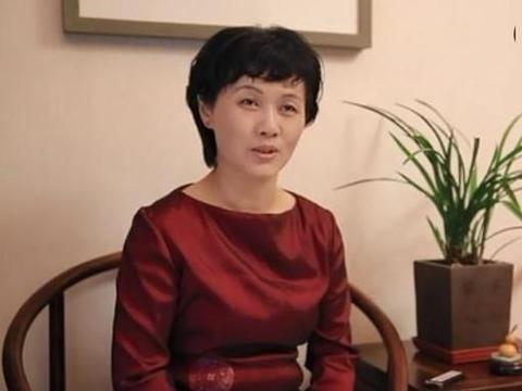 看中书协理事胡秋萍的草书,有2点感受,落笔要狠起笔要快