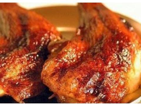 精选美食:黄豆焖笋干、蜜制鸡腿、脆骨炒豇豆、生炝西葫芦的做法