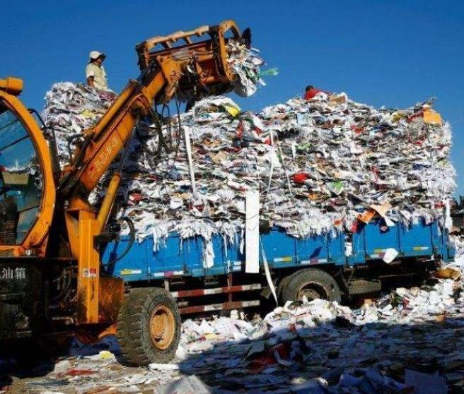 """我国拒绝接收""""进口垃圾"""",印度却自信接盘,一年后打脸了"""