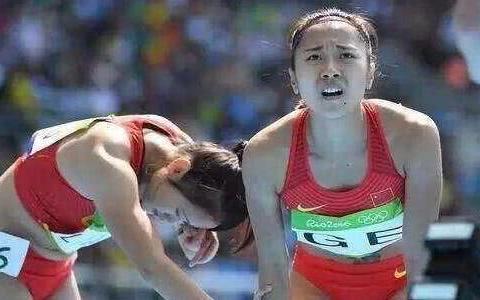 里约奥运会女子接力,美国队为什么能申请重赛挤掉中国队进决赛?