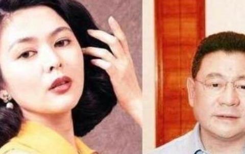 """香港""""女星狙击手""""刘銮雄,66岁换肾后再次当爹,奖励妻子500亿"""