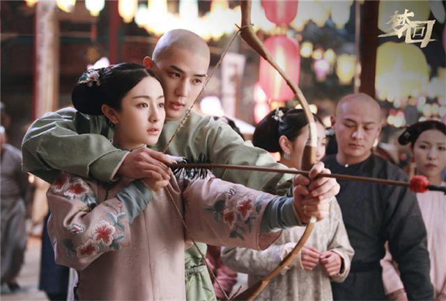 网剧《梦回》新剧照曝光,李兰迪与男主互动超甜,预感要大火!