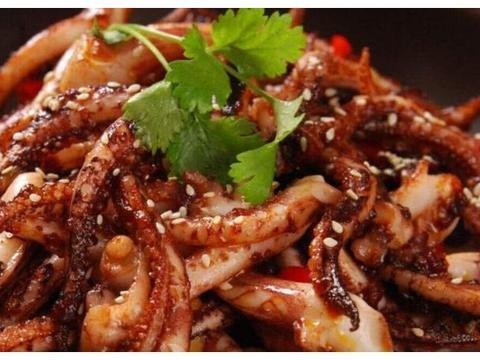 精选美食推荐:秋葵鸡蛋小煎饼,干煸鱿鱼须,土豆烧海带的做法