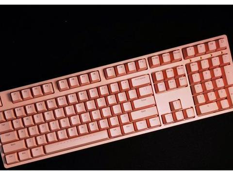 ikbc W210机械键盘,挑战同价位下最漂亮,同颜值下最高性价比