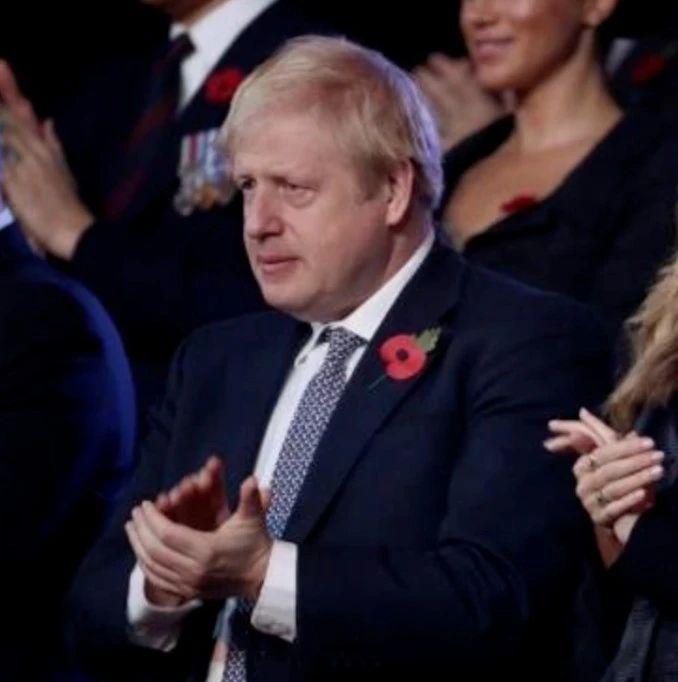 首相约翰逊高烧入院,英女王罕见电视讲话