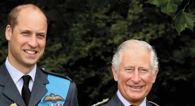 英国王室喜忧参半,查尔斯痊愈晒照