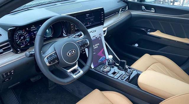 新一代起亚K5将于9月份上市,用海外版车型的设计