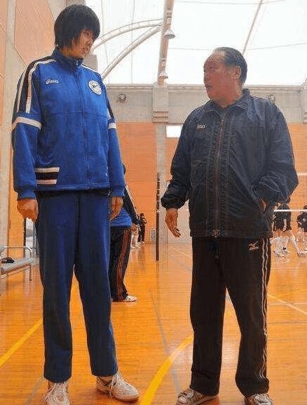 世界女排第一身高,放弃中国加入日籍,遭日本女排冷落,竟想回国