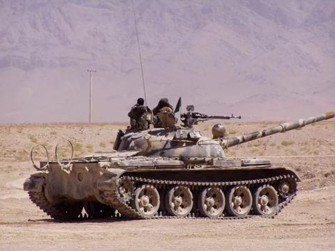 为何现在的坦克都采用滑膛炮而不是精准度高,射程远的线膛炮?