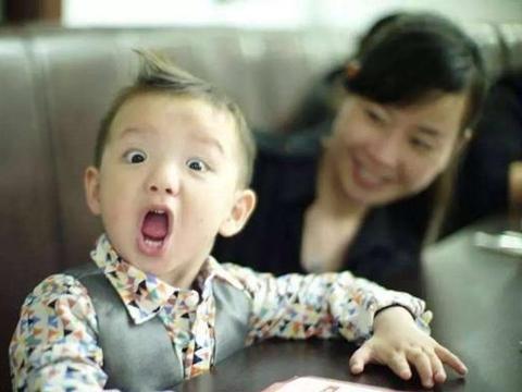 """孩子从小有这4个""""坏习惯"""",当心耽误一生,父母再不纠正就晚了"""