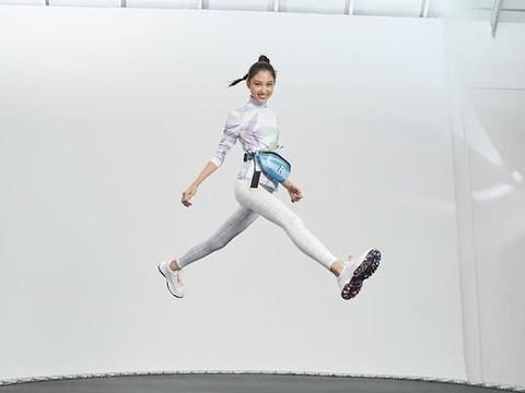 任达华15岁女儿穿运动服秀逆天大长腿,时尚范碾压小S女儿厌世脸