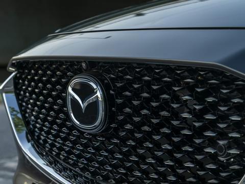 依然坚持内燃式引擎, Mazda 宣布投入藻类生物燃料研发