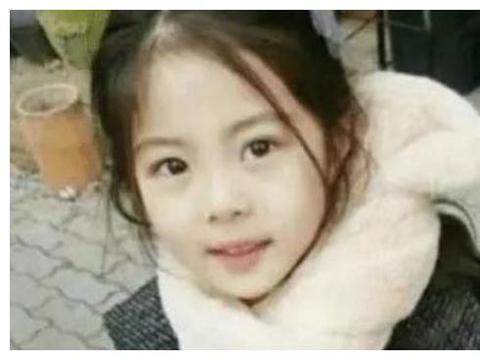 6岁女儿美若天仙,父亲怀疑不是亲生的,亲子鉴定结果真相大白!