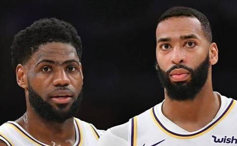 脑洞大开!美媒为NBA队友互换造型:一字眉的詹姆斯长这样?