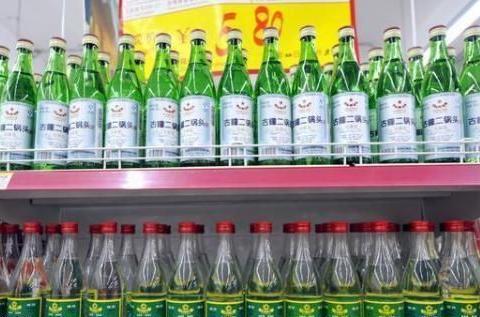 中国销量最高的廉价酒,1年收入几十亿,如今因这一点跌落神坛!