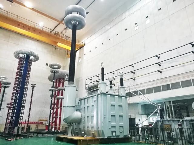 世界上电压等级最高、容量最大的交流步进可控并联电抗器的发展
