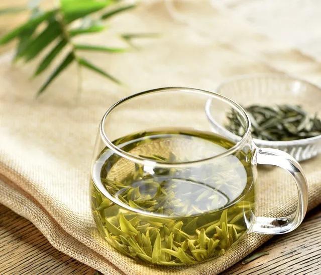 绿茶制剂可能是治疗肿瘤的有效方法