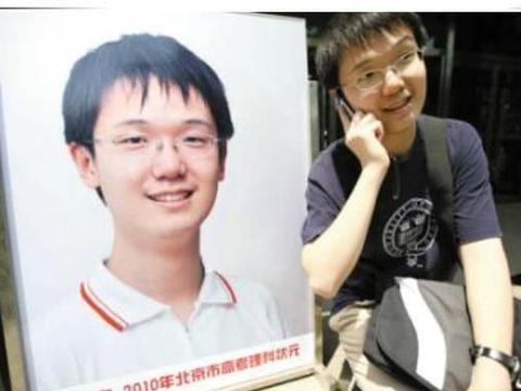 他高考703分,傲拒清华和北大,结果反被11所大学拒绝,让人意外