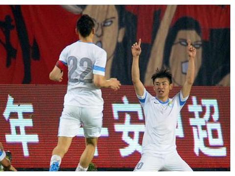 当年于汉超战恒大霸气十足!马林换下他输球 2个月后告别大连江湖