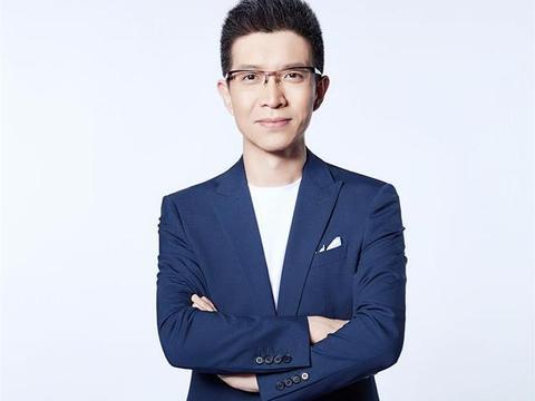 央视段子手朱广权:高中读4年,在央视奋斗17年,私下很爱做公益