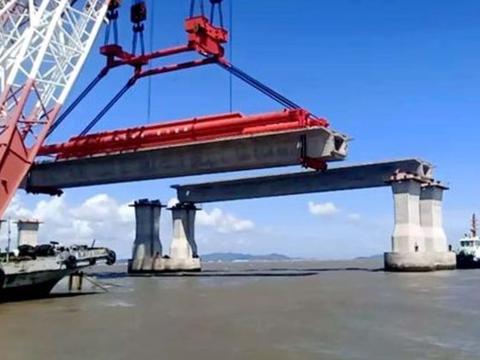 大海这么深,跨海大桥的桥墩怎么固定施工?看完佩服工程师智慧
