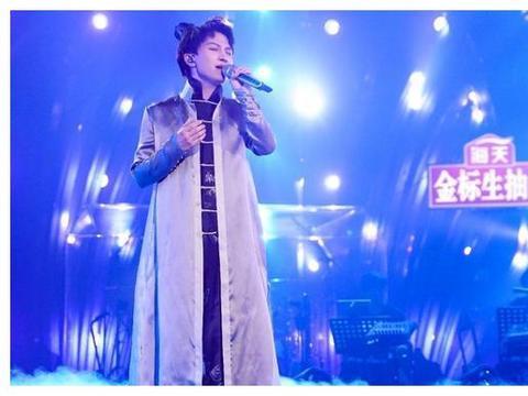 歌手:周深一曲《相思》惊艳全场,吉克隽逸被淘汰引热议
