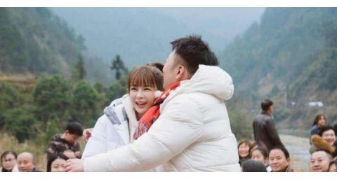 当杜海涛和沈梦辰的照片重叠,意外撞脸张艺兴,越看越恍惚