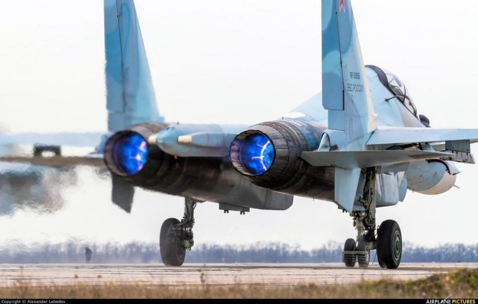 俄印苏30战机或迎来强力升级 新型推力矢量发动机仍为我们眼馋