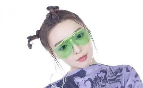《青春有你2》A班选手合体拍封面,喻言刘雨昕王承渲评价差别大