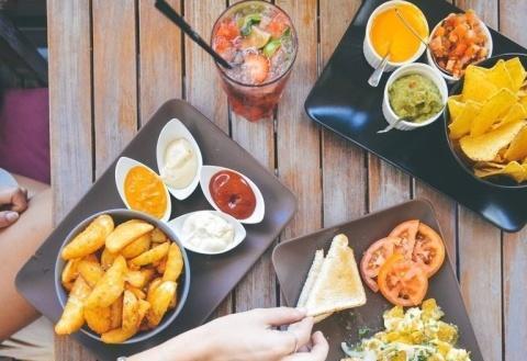 """若世界上只剩这5种""""黑色""""食物,那你会选哪种,我果断选第一种"""