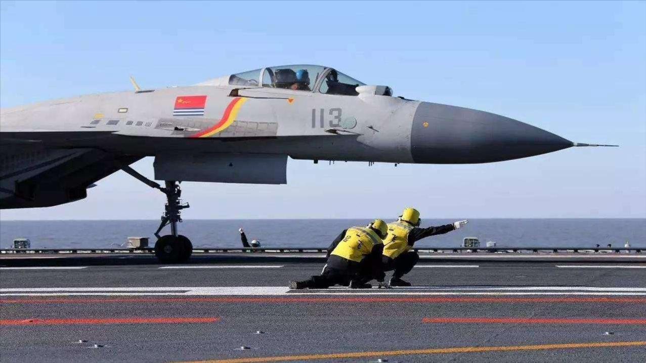新的突破!我国舰载机飞行员训练方式将从俄军方式变为美军方式