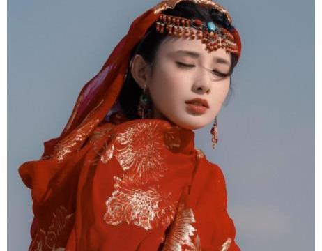 娱乐圈最美的古装女明星:彭小苒惊艳,杨幂动人,赵丽颖清新