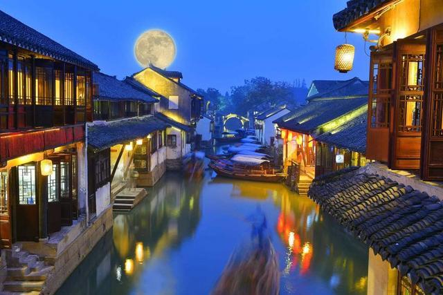 中国经济第一强县,GDP超越100多个国家,让人流连忘返