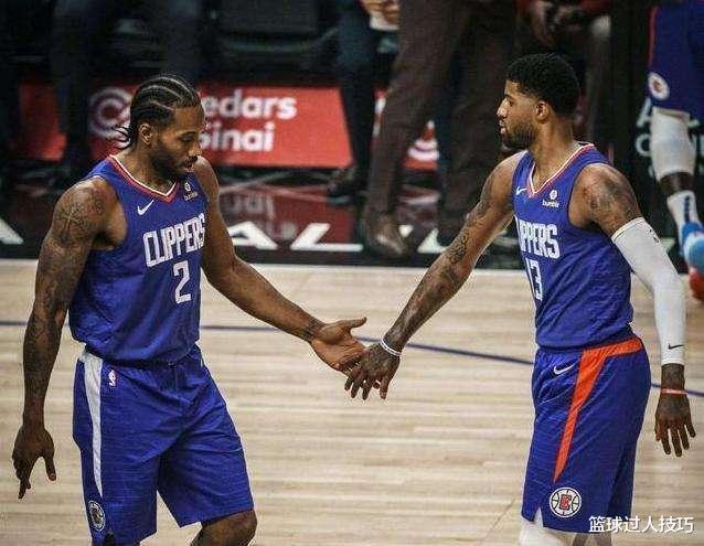 在NBA什么叫天赋碾压?字母哥3分线起步扣篮,隆多指挥考神防空气