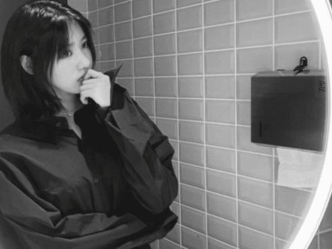 汪峰15岁大女儿近照曝光,打扮时尚神似妈妈葛荟婕