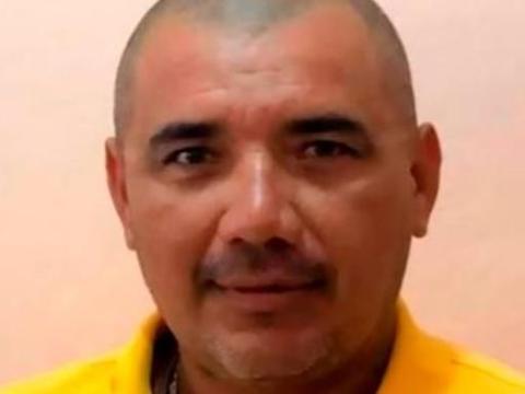 墨西哥一市长封路防病毒,遭毒贩乱枪打死,现场发现20枚弹壳
