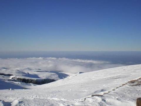 中朝两国国界山,群山环绕常年大雾,运气好才能够看到它的真容