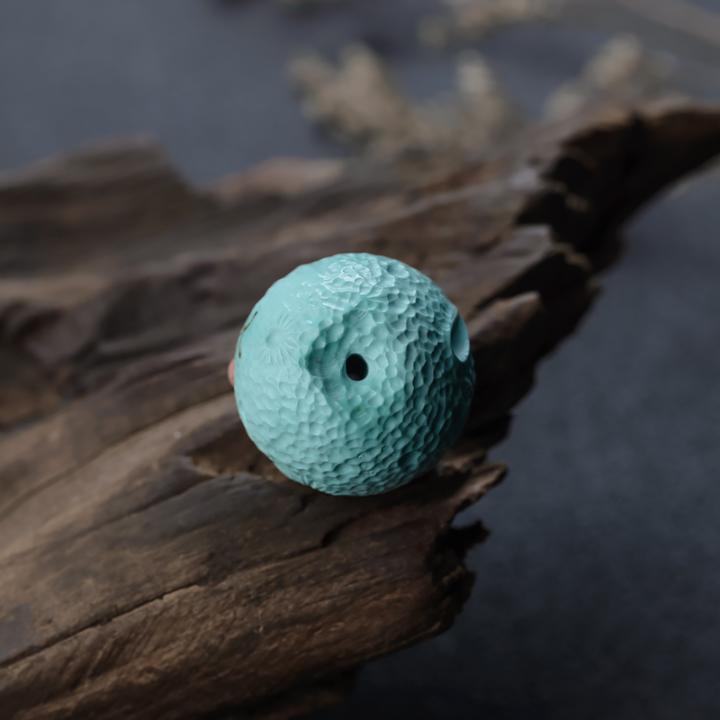 刚入手的绿松石,应该如何保养?