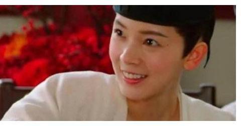 """《无心法师》陈瑶女扮男装""""胸肌""""是怎么拍的?看到幕后花絮笑了"""