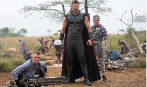 《复仇者联盟3》幕后照曝光,逗乐了网友,超级英雄们令人难忘